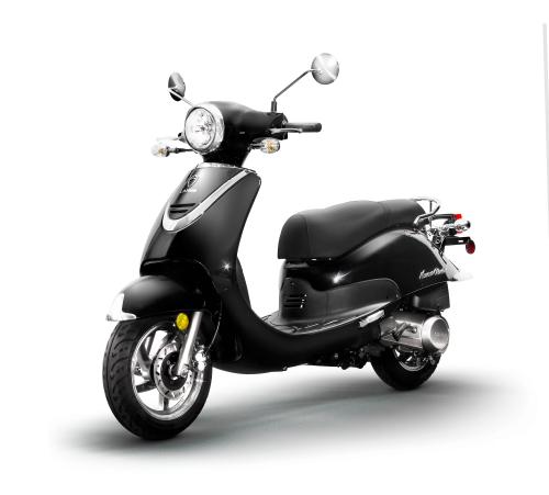 Black Lance Havana Classic 50 & 125_Scoots
